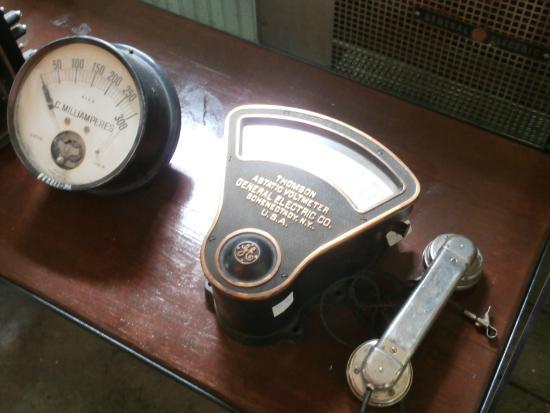 Georgetown Energy Museum: gauges