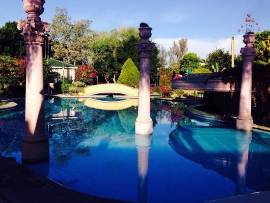 Gran Hotel Hacienda De La Noria: Pool in der Früh