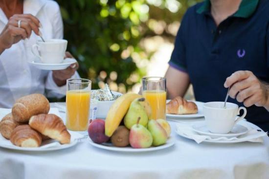 Ghebel Resort: Breakfast  Outside