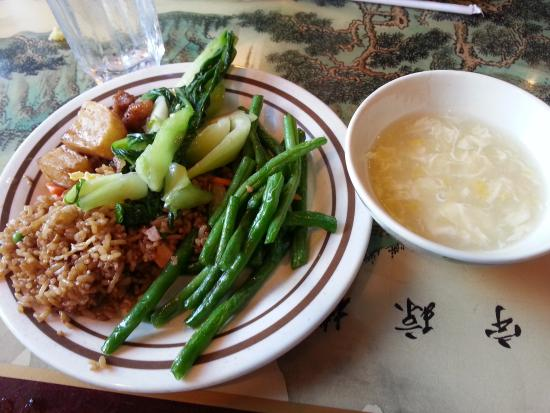 Dragon Court Super Buffet: Some of the vegetarian selections