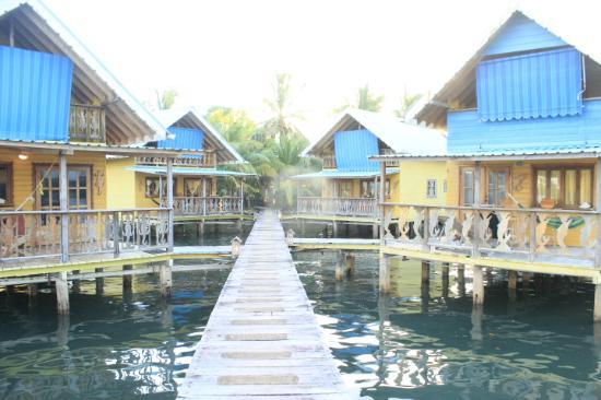 Koko Resort: Overwater cabins
