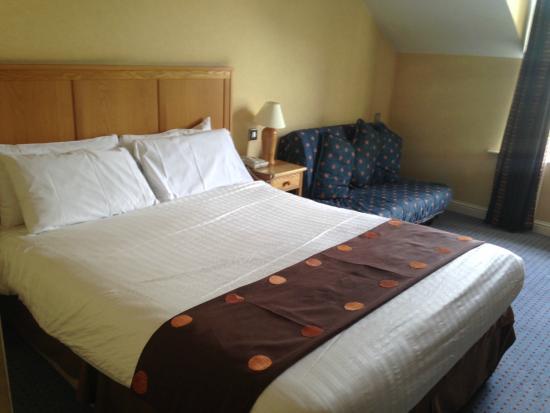 Holiday Inn Killarney: Sleeping area.