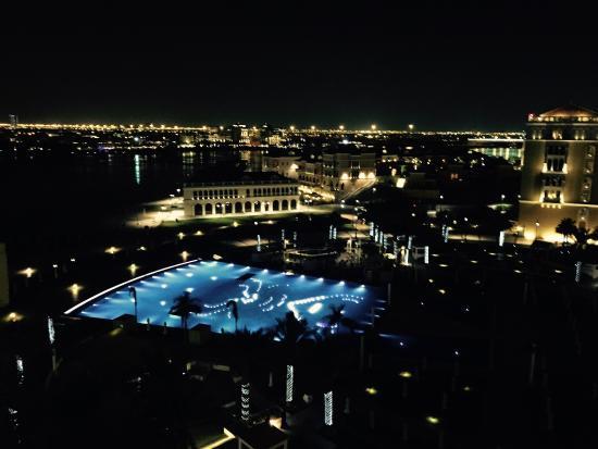 The Ritz-Carlton Abu Dhabi, Grand Canal: Main pool by night