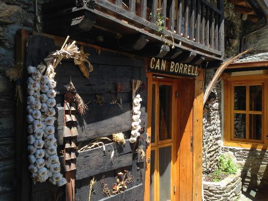 Can Borrell : Entrada