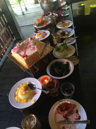 Sutra Beach Resort Terengganu: great buffet