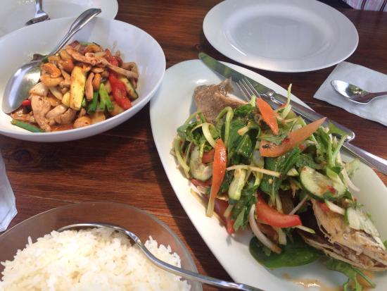 Oishii: Chicken Cashew and Pad La Prik