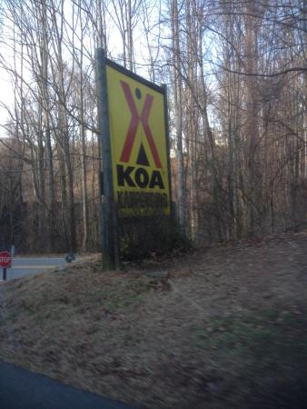Asheville West KOA: Sign outside