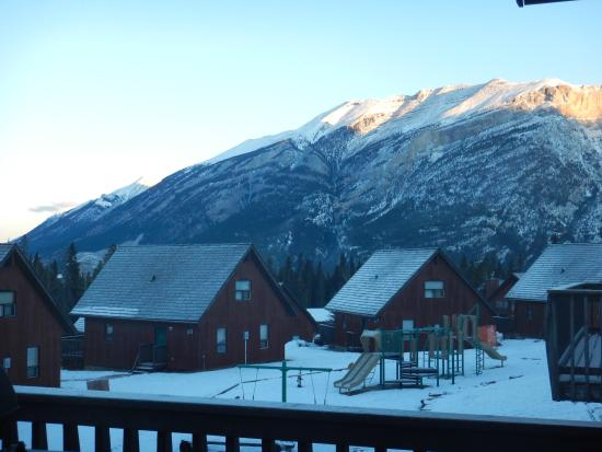 Banff Gate Mountain Resort: View from Cabin 41