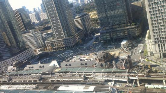 八重洲側から見下ろす東京駅