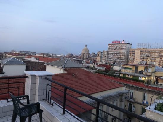Hotel Garden Napoli : Výhled z terasy