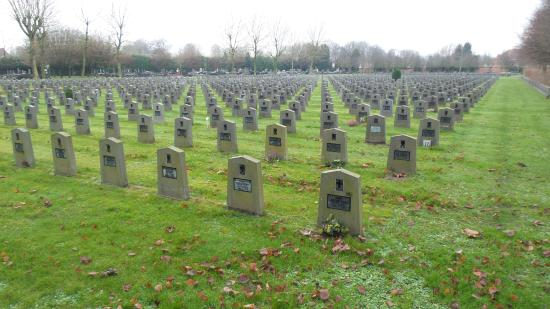 Western Cemetery: Belgian veterans graves