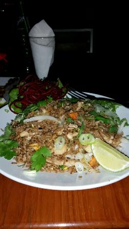 Tong's Thai Island Cuisine: Thai Island Chicken Fried Rice