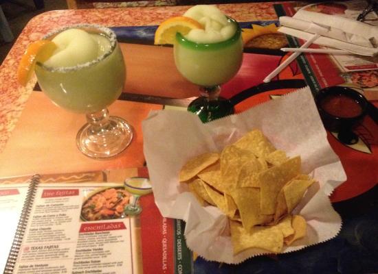 Nuevo Vallarta: Dos Margaritas Froze por favor!