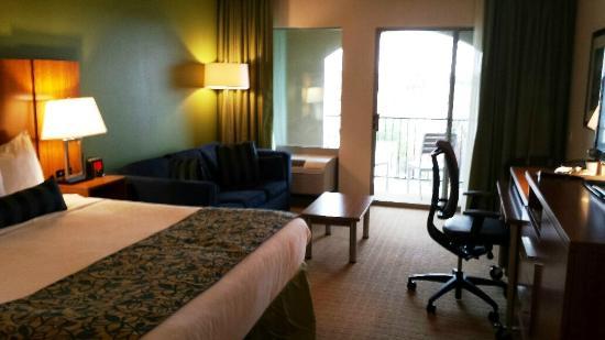 High Quality Wyndham Garden San Antonio Riverwalk/Museum Reach: King Balcony Room Good Ideas