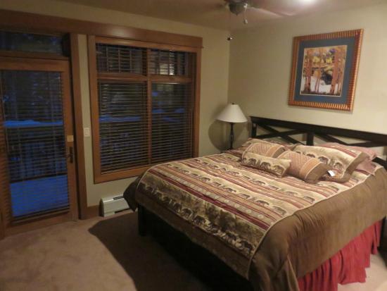 Lone Eagle Condos at River Run Village: Interior Bedroom of  3023