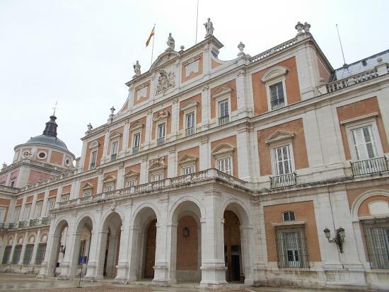 Real Sitio de Aranjuez - Picture of Royal Palace of Aranjuez, Aranjuez - Trip...