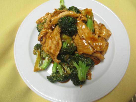 chicken and broccoli picture of fai 39 s chinese restaurant