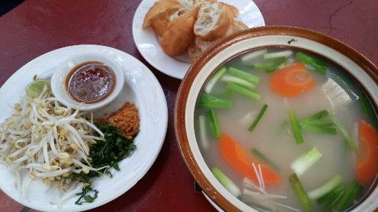 Piphop Aha Restaurant