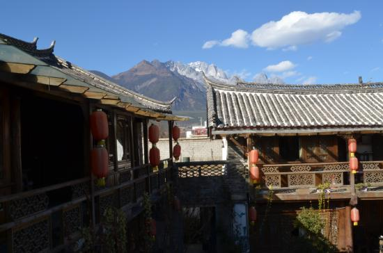 Baisha Holiday Resort Lijiang: View of Yulong Mountain from Baisha Holiday Resort