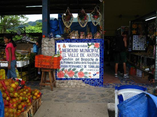 Sunday Market : Entrada del Mercado