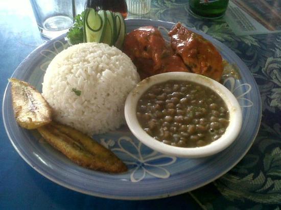 Restaurante Tierra y Mar: Almuerzo Ejecutivo 01