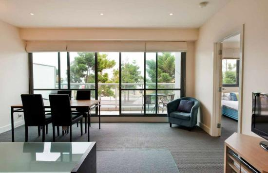 The Waterfront Apartments: Balcony overlooking the waterfront