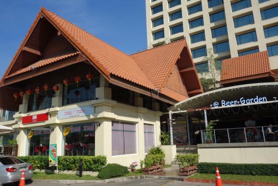 Chiangmai Grandview Hotel: hôtel avec restaurant