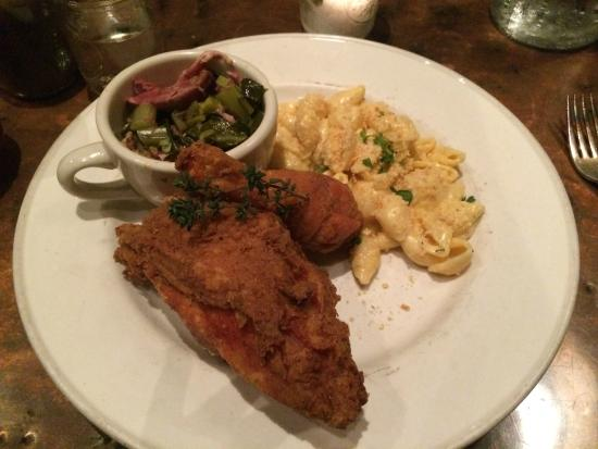Farmerbrown : Fried chicken, pork collards, mac n'cheese - chicken breast was dry