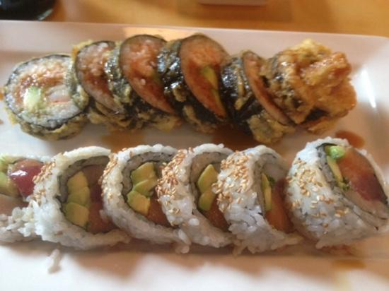 Shinsei Sushi: Super Crispy Roll & Yuzu Sunset Roll