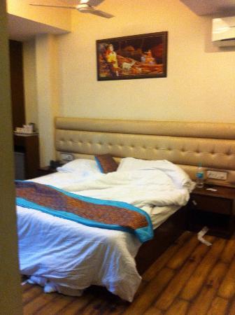 Hotel Rupam: Good room