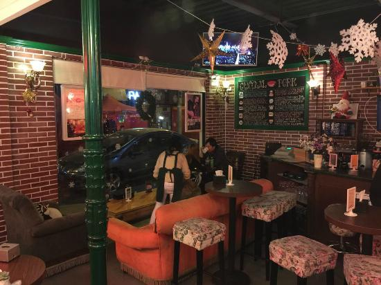 Central Perk Shanghai Hongkou Restaurant Reviews