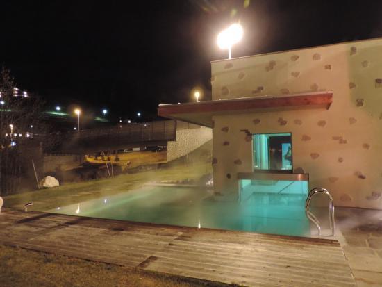 Family Wellness Hotel Renato: Piscina, Vista esterna