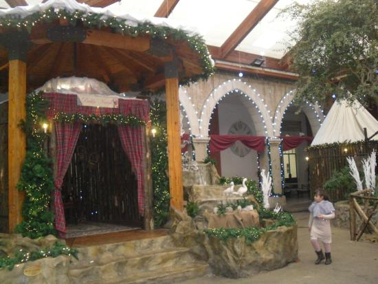 Villaggio Di Babbo Natale Cava Dei Tirreni.Casa D Babbo Natale Foto Di Presepe Artistico Cava De