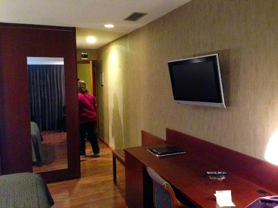 Hotel del Prado : Habitaciones amplias y bien equipadas