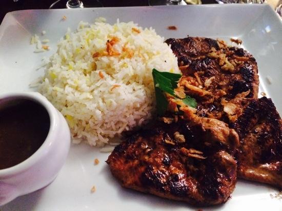 Mères et Filles: blanc de poulet et riz basmati - excellent indonesian peanut sauce