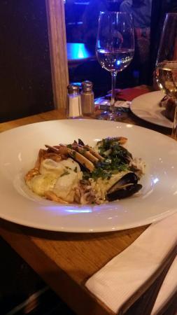 Goocha Dizengoff: Sea food&wine at Goocha Tel-Aviv.
