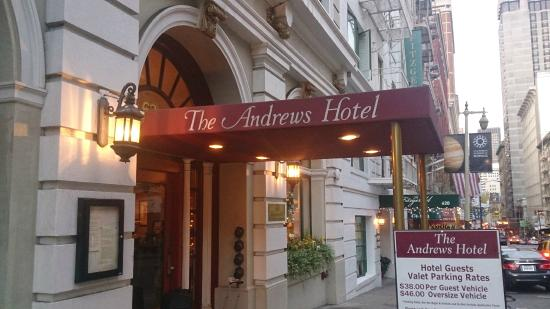 Andrews Hotel: Front Of Hotel