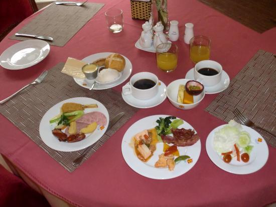Huong Sen Hotel: 朝食