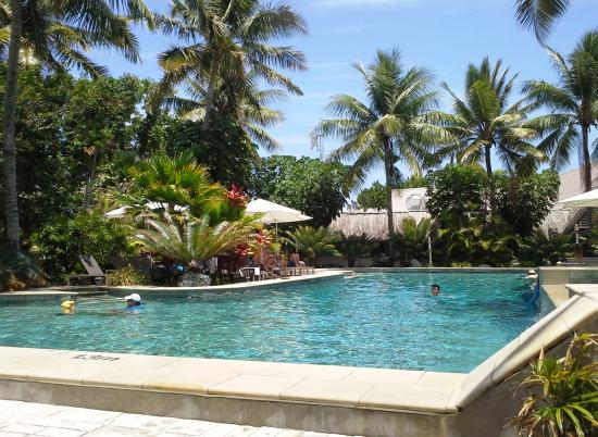 Castaway Island Day Trip: the pool on the resort