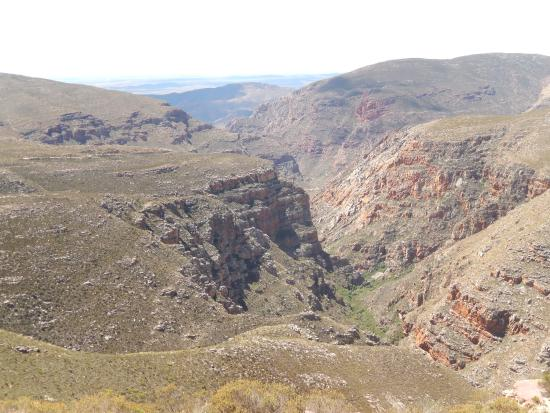 Pictures Guest House: Swartberg Pass