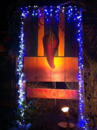 al chile viola: Main entrance