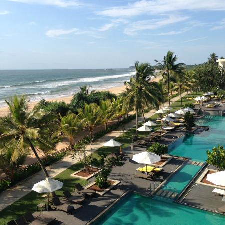 sea and pool view - Picture of Centara Ceysands Resort & Spa