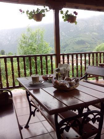 Hotel El Ardinal: Desayuno incluido