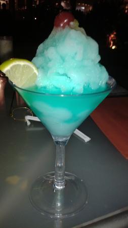 Makabi Cafe & Bar : ojos azules