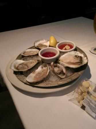 Old Ebbitt Grill: The oyster platter
