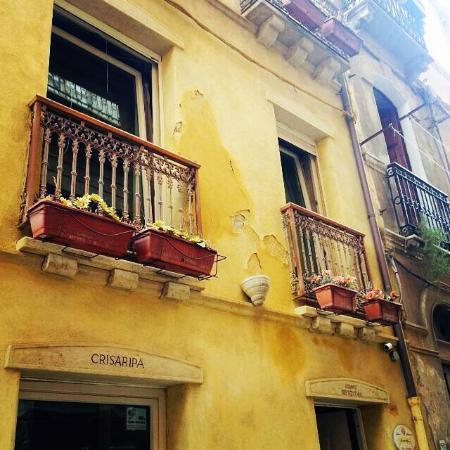 Residenza Crisaripa : B&B Antico Palazzo Crisaripa