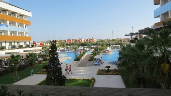 Terrace Elite Resort : terrace elite zwembad