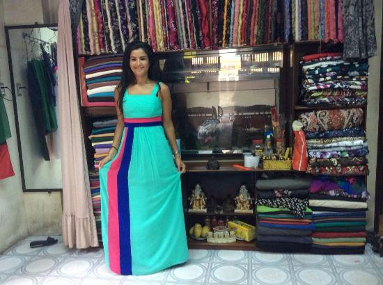 Cloth Shop Thanh Tu: Another dress, designed and made as requested. Another smiling customer