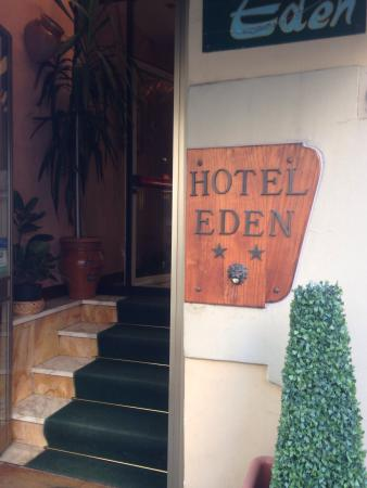 Eden Hotel: L'ingresso
