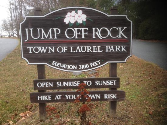 Laurel Park, Caroline du Nord : Sign at entrance